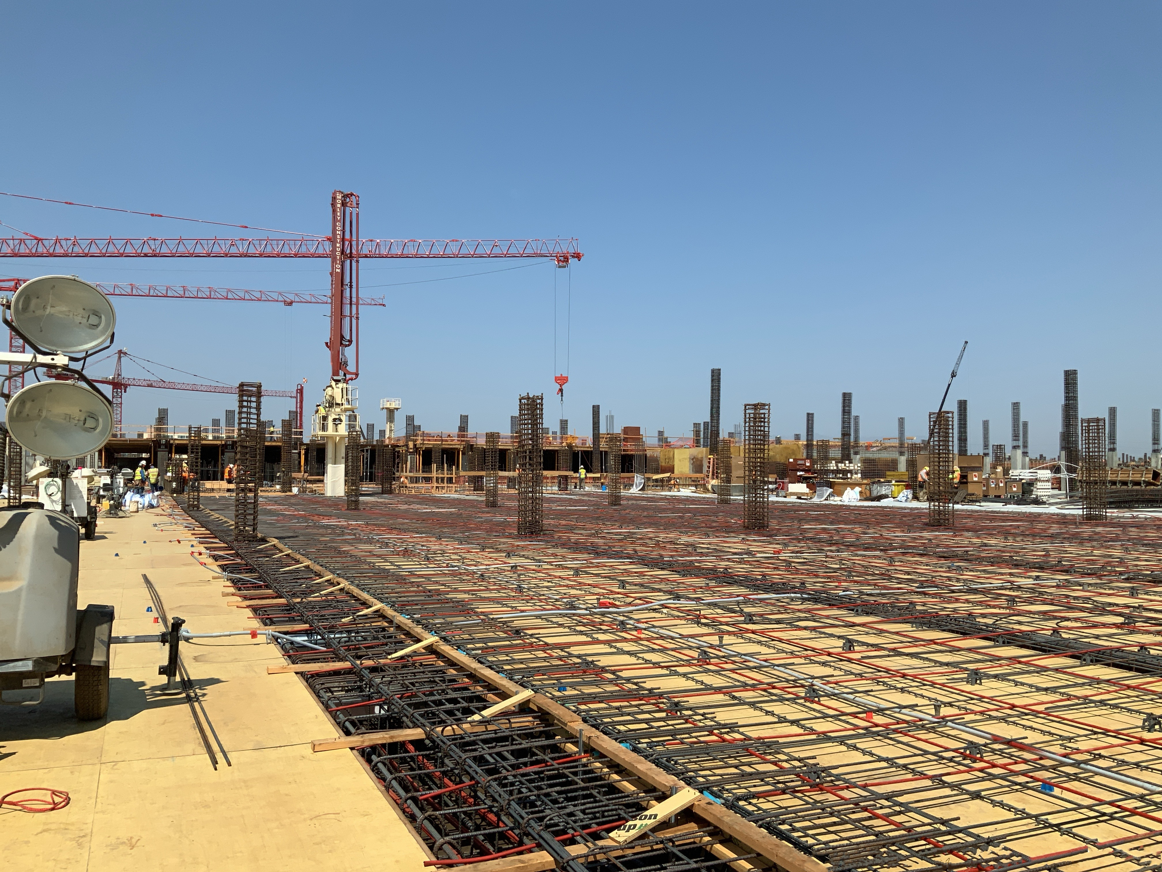 Consolidated Rent-A-Car facility Ready Return/Idle Storage building second level deck pour preparation.